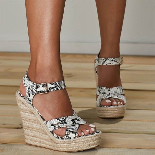 Verano PU Serpentina Mujeres Plataforma Cuñas Sandalias Gladiador Moda Tacones altos Alpargatas Zapatos Señoras Bombas de punta abierta