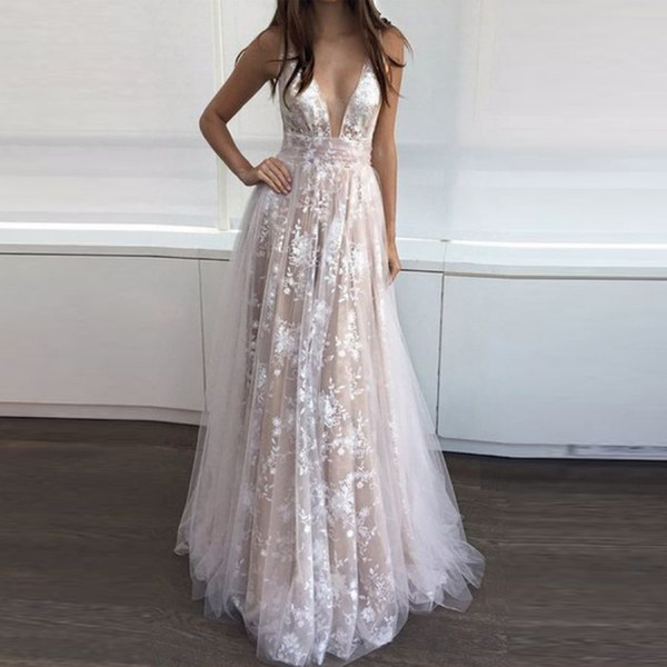Hot Elegant Royal white Evening Dresses Long Sleeve Appliques Lace Evening Gowns Floor Length Prom Dresses Deep V Neck Gowns 2019