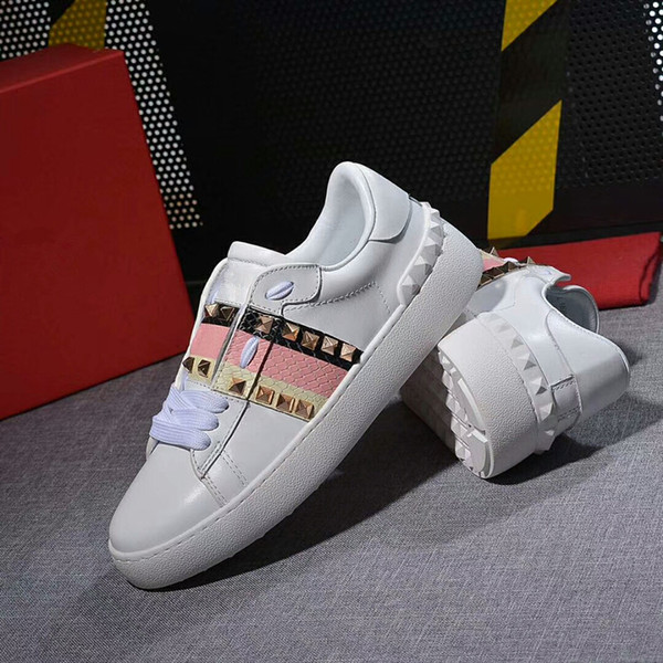 2019 Women Mens Casual Shoes Sneakers Name Branded Leather Suede Platform Sole Sneakers Shoes Dress Walking White Chaussure yl18060917