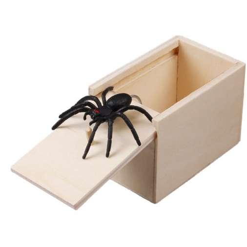 Novità Scarybox esilarante Box Spider Prank Scarybox in legno Joke Gag Toy No Word Colore casuale