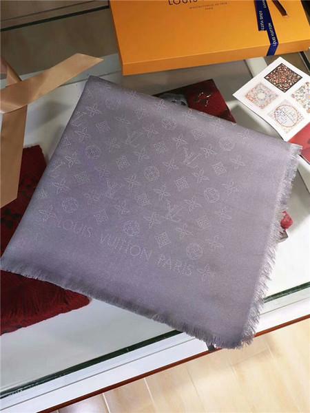 Bufanda de lana y seda cálidas, cómodas, hermosas, clásicas y de moda para mujer en otoño e invierno, tamaño 140 * 140 letras bufanda de flores withou