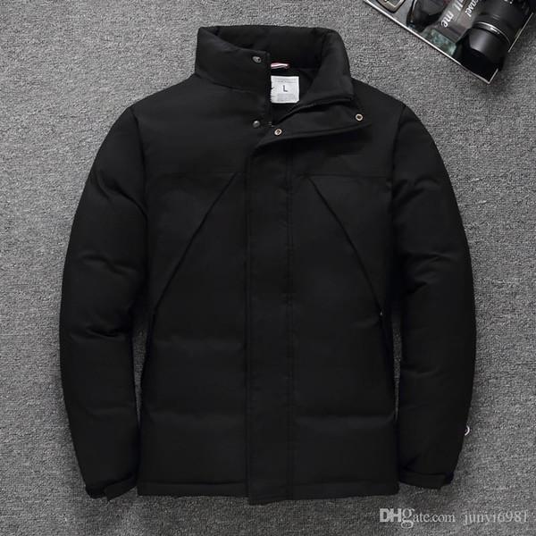 Hot Mens Ultralight Jacke beiläufige Herbst-Winter-weiße Ente unten Windjacke Zieher Warme Parka Männlich Mantel Mode Oberbekleidung 52503 0A