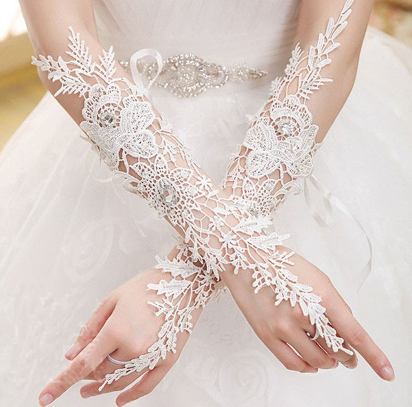 New Cheap High Quality Iovry Fingerless Bridal Gloves Elbow Length Lace Crystal Bridal Wedding Gloves bride glove Wedding Accessories