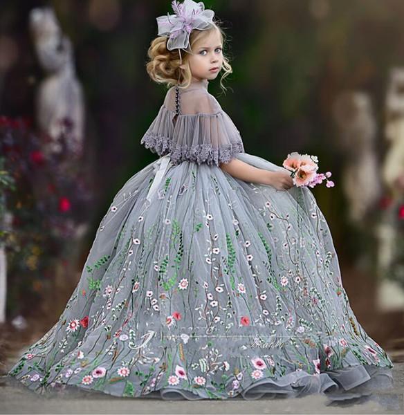 Balo Çiçek Kız Elbise Dantel Aplike Yüksek Şeffaf Boyun Kız Pageant Elbise Kısa Kollu Çocuk Doğum Günü Partisi vestidos