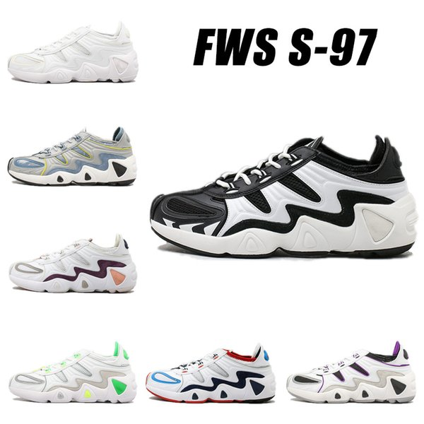 top popular 2019 Vintage Old Dad Running Shoes New Brand Discrete Breathable Trending Casual Jogging Trainer White Black Designer Sports Shoes 2019