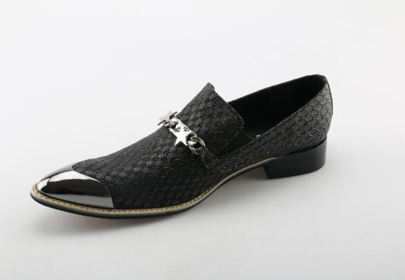 Vintage Shoes dress Silver Metal Head Chain Men Shoes fashion Brand Star Loafers Leather Flats Shoes Handmade