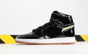 Os mais recentes 1s homens tênis de basquete 1 top qualidade preto metálico ouro designer de esportes tênis athletic shoes com caixa