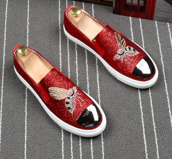Small bee loafers trendy men's shoes one pedal board shoes beanshoe sequins loafers hair stylist mens designer loafers mens moccasins g5.7.