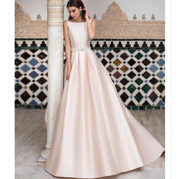 Venta caliente de alta calidad de satén una línea vestido de novia barco escote vestido largo V espalda rosa sencilla novia rebordear