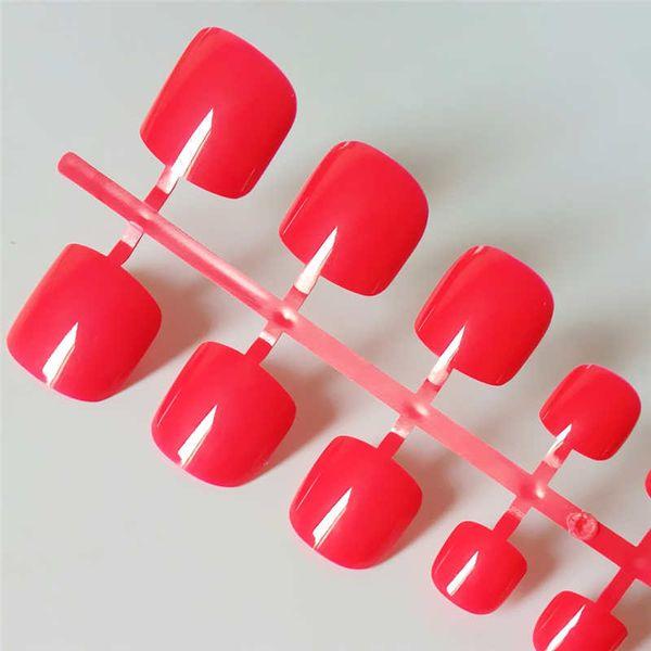 24pcs unghie finte lucide del quadrato rosso per la caramella del piede breve stampa sulle unghie del piede punte false false artificiali del colore solido chiaro per le ragazze