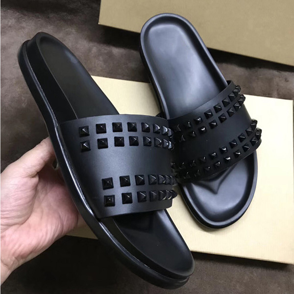 Мужские сандалии Дизайнерские туфли Сапоги с красной подошвой Slide Fashion Широкие плоские скользкие сандалии Тапочки Флип-флоп Обувь из натуральной кожи