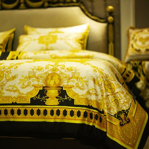 Super luxury European Style Gold Hotel King Quee bedding set Fashion Bed King Queen Size Duvet Cover Set Brand Design Print Bedding Sets
