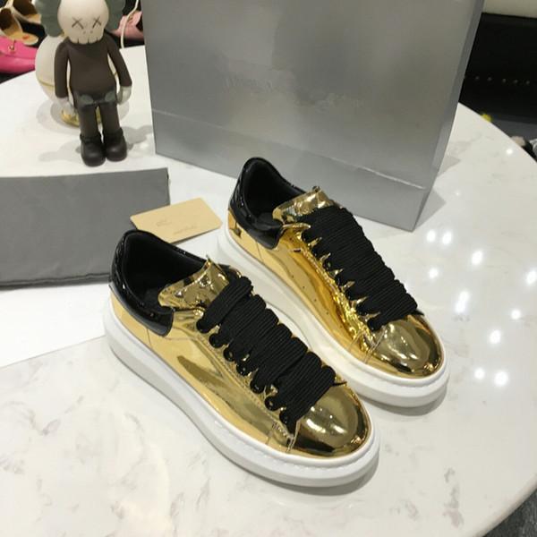 2019 Мужская женская обувь Chaussures Красивая платформа Повседневная кроссовки Роскошные дизайнерские туфли Кожа сплошной цвет Классическая обувь xrx19041305