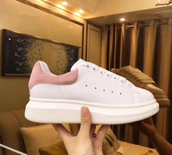 2019 Samt schwarz Mens Womens Chaussures Schuh schöne Plattform lässig Turnschuhe Luxus Designer Schuhe Leder Volltonfarben Kleid Schuh