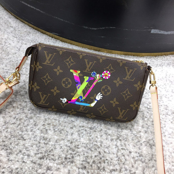 The single shoulder bag European and American style Latest Style size:21*13*4 cm Inclined shoulder bag Free shipping V034