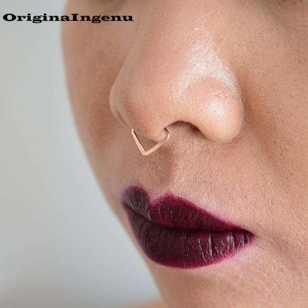 Piercing Jewelry Nose Ring Handmade Hammered Triangle Surface Punk Charm Circular Tiny Septum Hoop Jewelry Grillz Fake Piercing