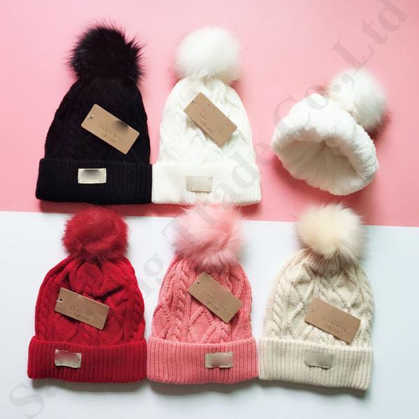 Australie UG chapeaux d'hiver pour femmes filles fourrure balle Pom Fleece chaud Beanies crâne tondu Chapeaux en tricot Slouchy Sport Ski Bonnet Earmuffs C91102