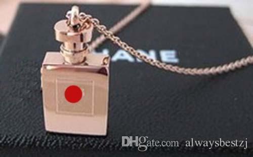 GGJewellry High-end Mektuplar Parfüm Şişesi Kolye Kolye Gül Altın Çelik Titanyum Klavikula Zincir Kolye Kadın Kız Parti Takı hediye