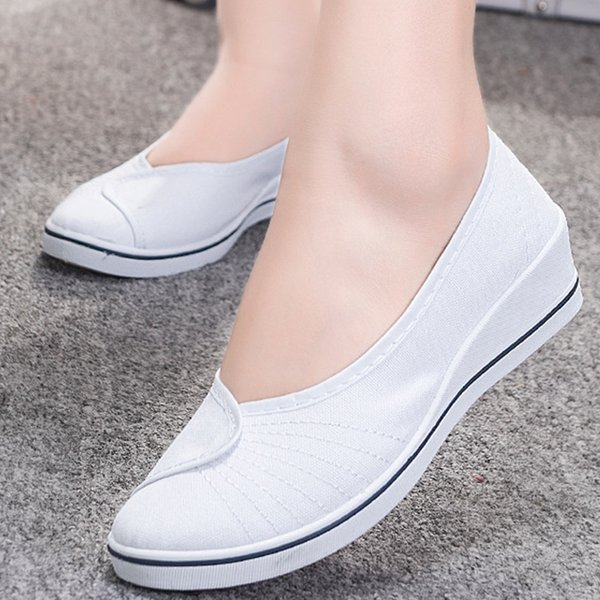 Non-slip Flats shoes women Big size 4-9 Designer Nurse Shoes Woman Shallow Cotton Fabric Slip on Cheap Boat shoes for