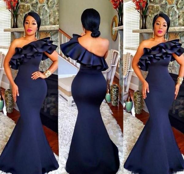 Azul marinho Plus Size Longo Da Dama de Honra Vestidos 2019 Um Ombro Ruffles Sereia De Cetim para o Casamento de Mulheres Africanas Convidado Do Casamento Vestidos