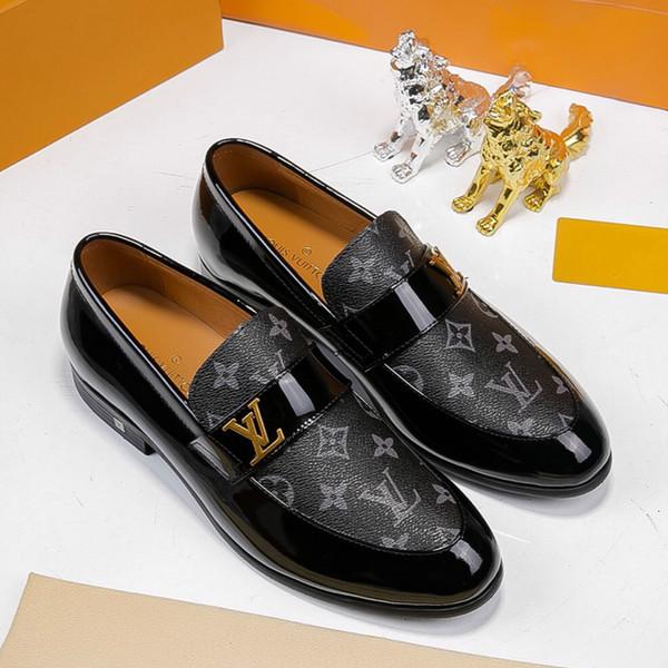 le scarpe casuali fatte a mano di alta qualità stazione europea nuove scarpe casuali piani 35-45 coppie calzano le vendite dirette della fabbrica trasporto libero
