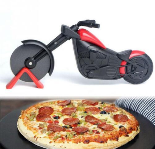 Motorcycle Pizza Cutter Tools Stainless Steel Pizza Wheel Cutter Knife Motorbike Roller Pizza Chopper Slicer Peel Knives Pastry Tool GGA2063