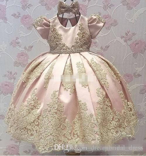 Newest Blush Pink Cap Short Sleeve Satin Flower Girl Dresses Appliques Kids Pageant Dresses A-line Bow Lace Baby Party Dress 2017