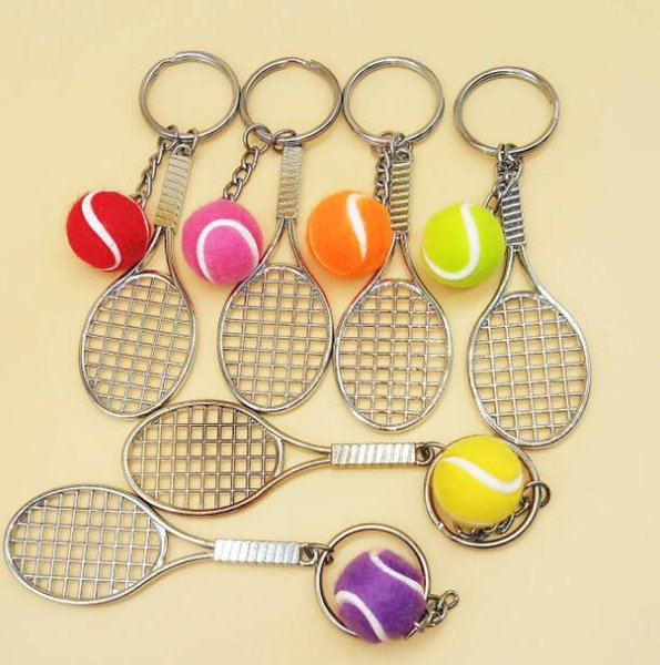DHL Mini Tennis Keychain Sports Style Key Chains Zinc Alloy Keychains Car Keyring Kids Toy Novel Birthday Gift Favor ne