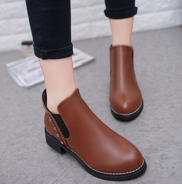 Damenschuhe im Herbst und Winter strickte elastische Boots Designer kurze Stiefel Socken Stiefel q26