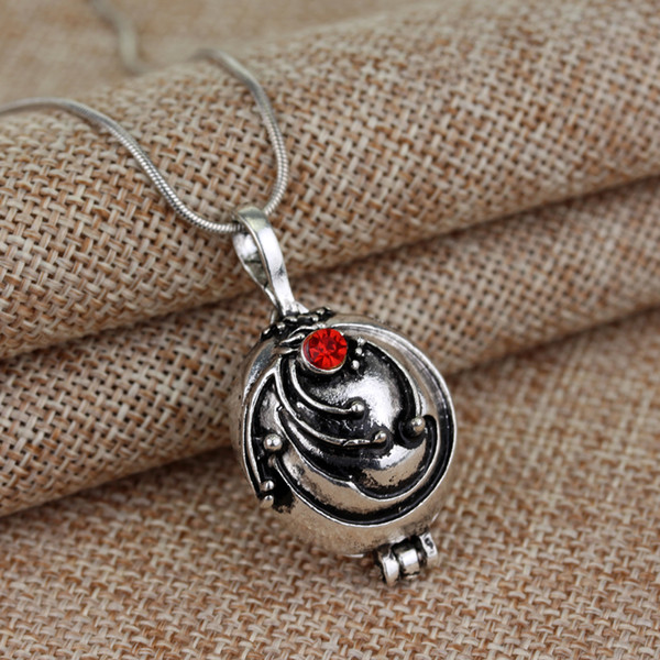 Popular Movie Vampire Diaries Necklace Elena Gilbert Vervain Romantic Crystal Pendant Necklaces For Women Charm Collar Jewelry