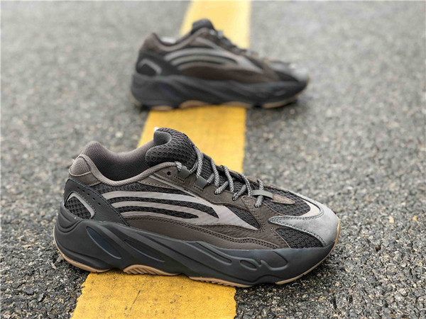2019 Newest Authentic 700 V2 Geode Kanye West Man Women Outdoor Shoes Runner Wave Mauve Static Inertia EG6860 Grey Sneakers With Box