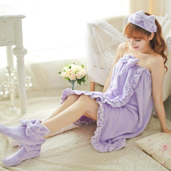 Female Sleepwear Winter Bath Housewear Flannel Chest Towel Lovely Princess Nightwear three-piece with shoes and socks