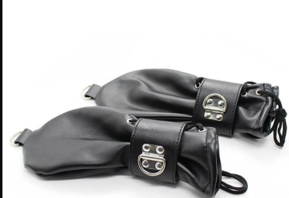 Fashion-Soft Leather Fist Mitts Gloves with Locks and D Rings Hand Restraint Mitten Pet Role Play Fetish Costume
