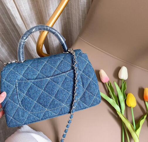Denim fabric diamond Plaid designer bags and high quality handbags, single shoulder bags, messenger bags, diagonal bags, travel bags and fre