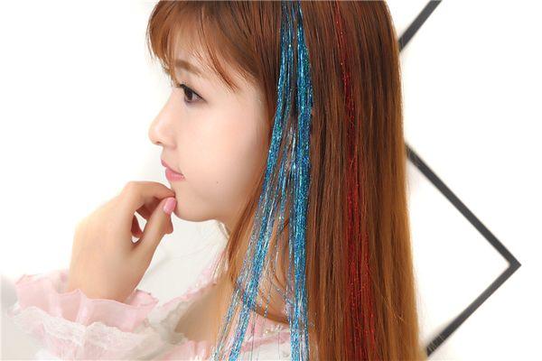Bellavia Tinsel Haar-Verlängerungen Bling String Regenbogen 3D Tinsel Bling Haar Secoration für synthetische Haar-Verlängerung Glitzer-Regenbogen für Mädchen
