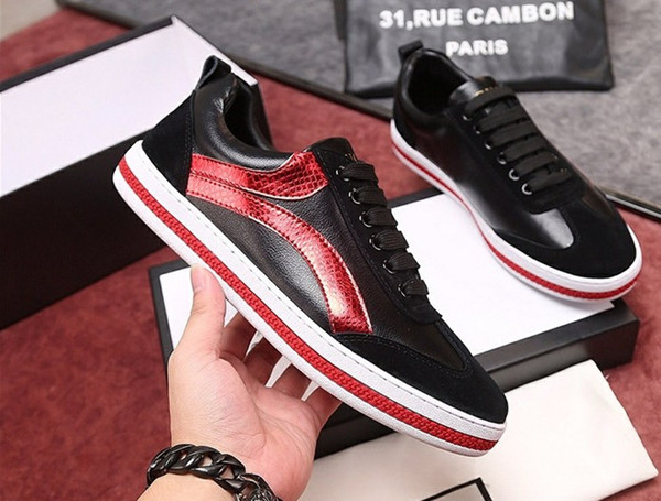 Men Casual Shoes Fashion Designer Sneakers Lace-up Flat Shoes Green Red Stripe Black Leather Bee Embroidered