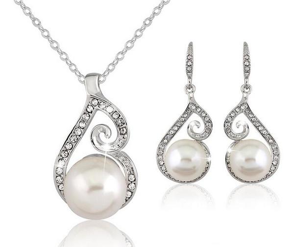 Neueste Frauen Kristall Perle Designer Halsketten Ohrringe Schmuck Anhänger Halskette Überzogene Silberkette Halskette 3 stücke Direktverkauf