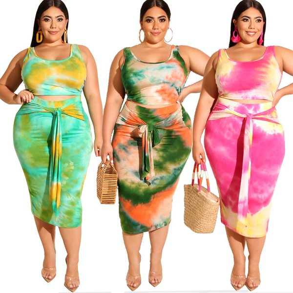 2019 hot sale Plus size women's set summer new tie dyed print tight bag hip fashion casual suit 19226