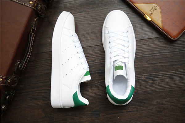 2019 Nouvel arrivage rayures zébrées Stan Chaussures Hommes Femmes Mode Baskets Casual Sport Amoureux du cuir Smith Chaussures Zapatos Mujer GAZELLE