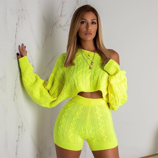 2019 New Knitting Striped Two Piece Set Sweater Autumn O Neck Top And Short Pant Solid Long Sleeve 2 Piece Set Women Outfits