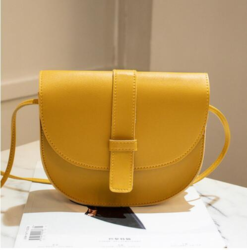 A new fashion 2019 single-shoulder bag for women is a versatile cross-body bag for young men