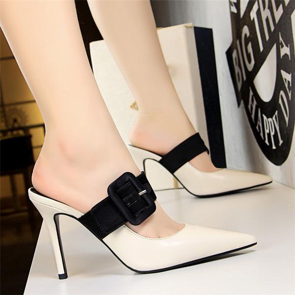2019 Новый Зрелый Металл Пряжка Пояса Офисная Обувь Женщины Насосы Острым Носом Мода Мелкие женские Туфли На Каблуках Твердые ПУ Кожа