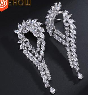noble low price high quality diamodn crystal hollow 925 silver women's earings (38.61)