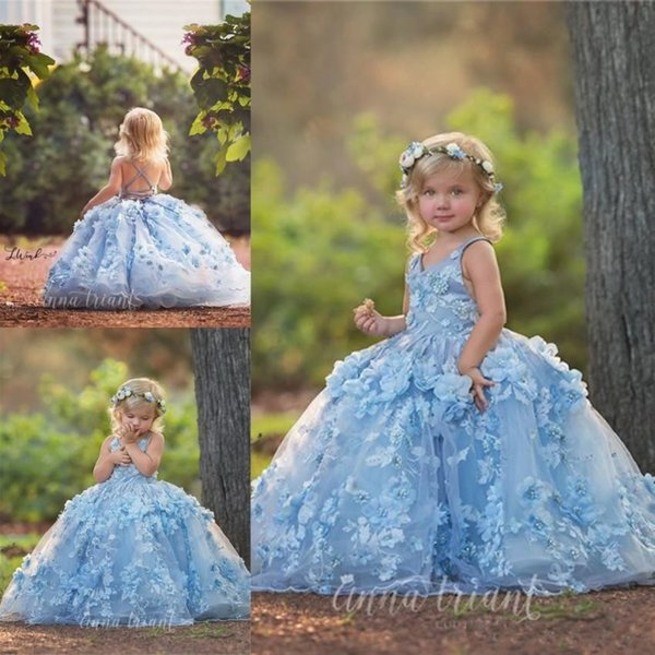 Lovely Light Sky Blue Ball Gowns Toddler Girls Pageant Dresses 2019 Beautiful Hand Made Flowers Appliques Beads Puffy Long Kids Formal Dress