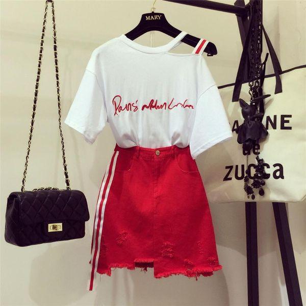 2019 neue Art- und Weisefrauen-Buchstabe-Stickerei-trägerloses T-Shirt + unregelmäßiger roter Jeans-Rock zweiteiliger Kursteilnehmer-Mädchen-beiläufiger Rock-Anzug