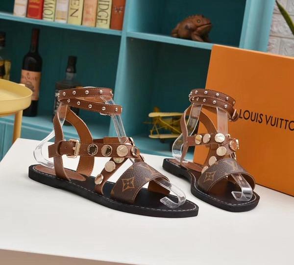 2019 famosi sandali firmati Super designer I sandali Gladiator sono realizzati in pelle vintage I sandali femminili Le scarpe da donna VI235