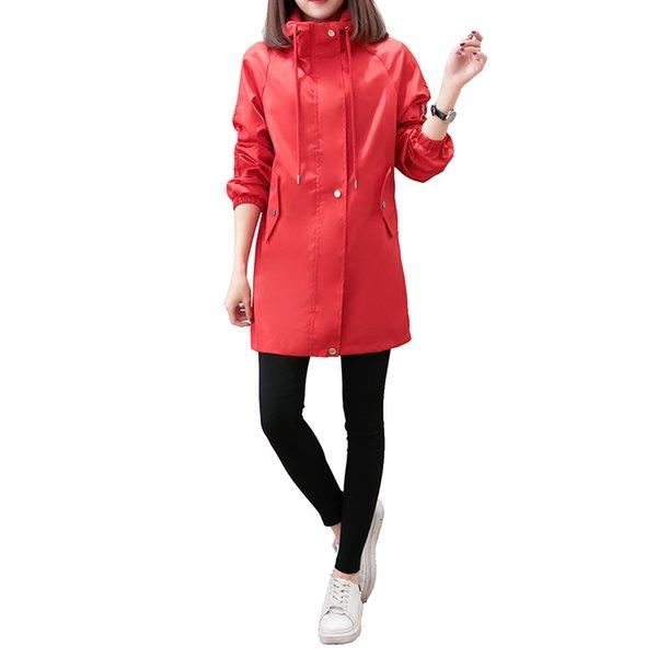 La primavera y el otoño de nueva cintura bordado largo de adelgazamiento de gran tamaño abrigo suelto prueba de viento con capucha JQ810 de la mujer rompevientos