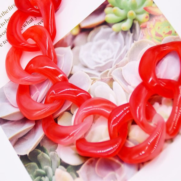 색상 : 빨강