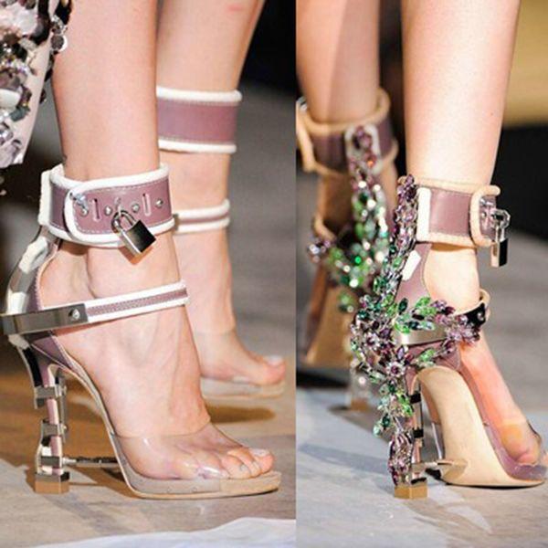 dssc010 / Sandalia Feminina Luxury Metal High Heel Crystal Designer Shoes Woman PVC Gladiator Sandals Padlock Bejeweled Ankle Strap Rhinestone Sandal1