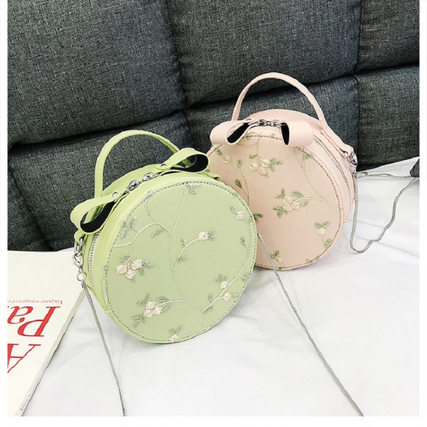 Mini Round Bags for Women 2019 Handbags Small Messenger Bag Embroidery Flower Shoulder Bags Ladies Crossbody Bag